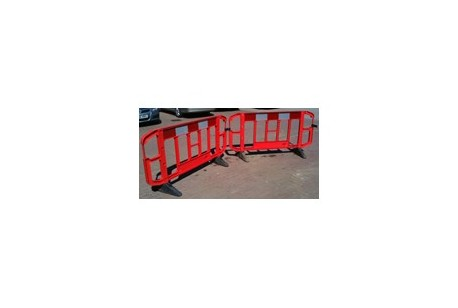 Fencing - Plastic Barriers (Chapter 8) 2m Section at Plantool Hire Centres