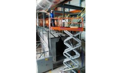 Scissorlift - Narrow 3226 7.9m (26ft) Platform