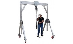Mobile Gantry - 2 Tonne Lifting Capacity