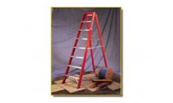Step Ladder - 6 Tread Fibreglass Steps 1.65m Open