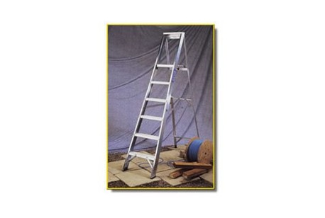 "Step Ladder - 6 Tread, 4ft 9"" Open"